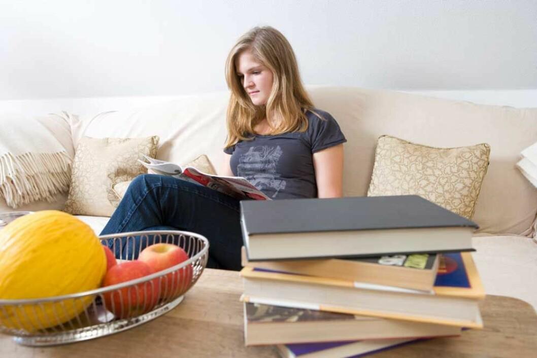 Lese i sofa-colourbox