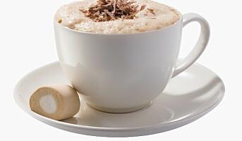 8 av 10 nordmenn drikker kaffe på jobb