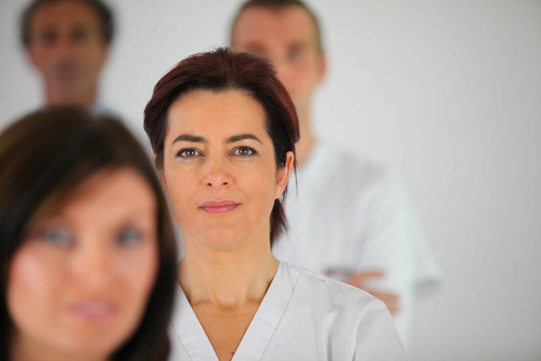 17 prosent av sykepleierne opplyser at de har vært utsatt for seksuell oppmerksomhet på jobb. (Ill.foto: Colourbox)