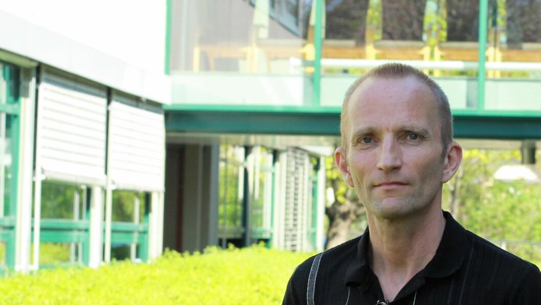 – Det er fornuftig med en gradvis oppstart på jobb, parallelt med oppfølging fra behandler, mener Pål Nystuen som er psykolog ved Lovisenberg DPS i Oslo. Han har også skrevet boken Arbeid og psykisk helse sammen med psykolog Bjørnar Olsen.