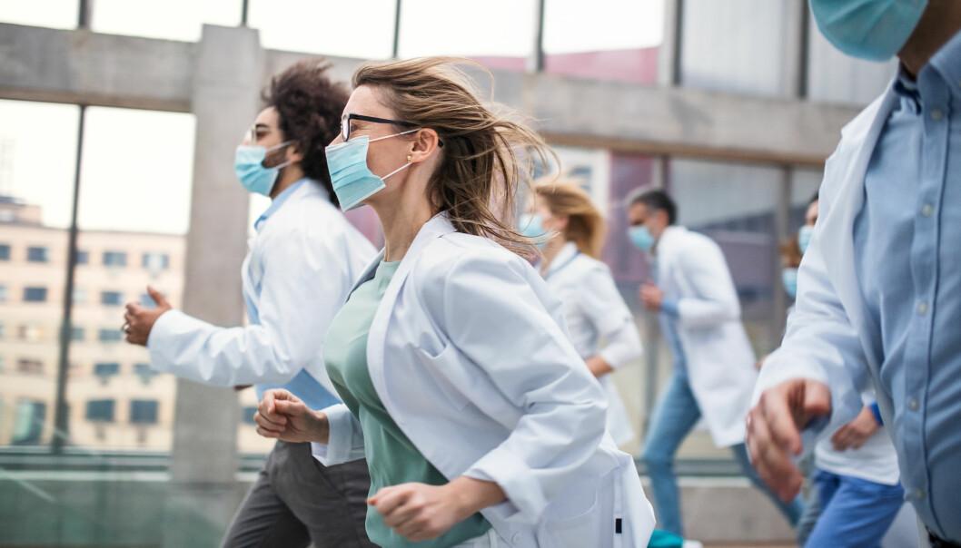 – Kunnskap om hvordan helsepersonell opplever Covid-19 gir oss unik innsikt vi kan bygge videre på, sier forskningsleder Grete Dyb.