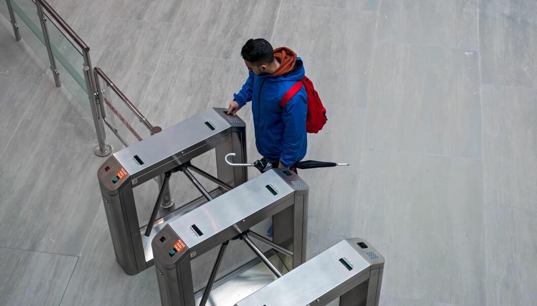 Synlige sikkerhetstiltak øker følelsen av trygghet på jobb, viser ny forskning fra NKVTS.