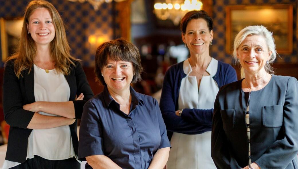 Fra høyre: Fra venstre;: Ellen A. Vold, NVCA, Runa Kerr, Finans Norge. Initiativtakere Turid E Solvang, FutureBoards og Alexandra Morris, SKAGEN Fondene.