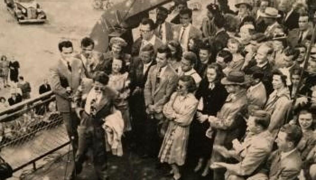Ankomst i Marine Jumper i 1948, et amerikansk tankerskip fra 2. verdenskrig som de første årene ble brukt til å frakte studenter fra USA til Sommerskolen i Oslo.