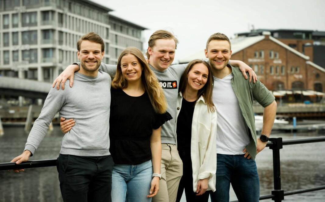 NTNU-studentene Simen, Rikke, Bjørn, Tonje og Marcus vant årets finale og har flyttet sammen i AF-kollektivet i Trondheim.